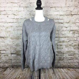 Vince Camuto gray sweater